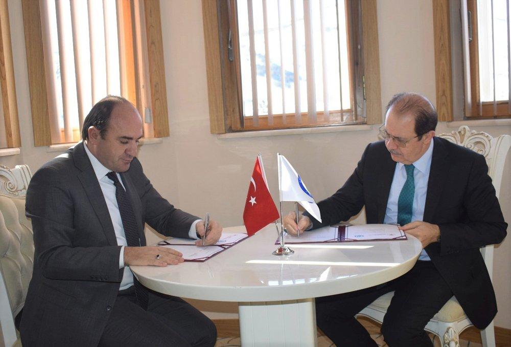 Bayburt Üniversitesi ile Bayburt İl Tarım ve Orman Müdürlüğü Arasında İşbirliği Protokolü İmzalandı