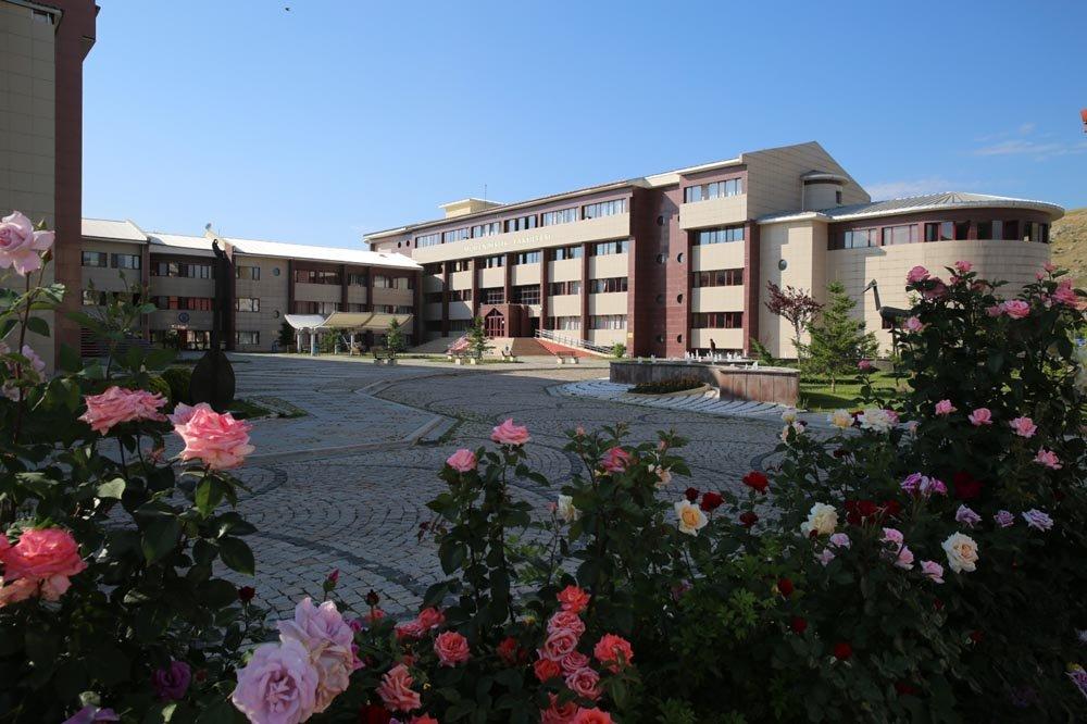 Bayburt Üniversitesinden İmkânı Olmayan Öğrencilere Teknik Destek