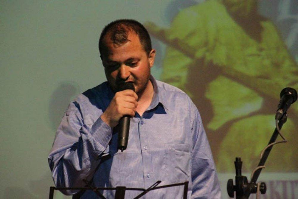 Bayburt'lu Şair Önder Eryılmaz'a Aile Özel Ödülü Verildi
