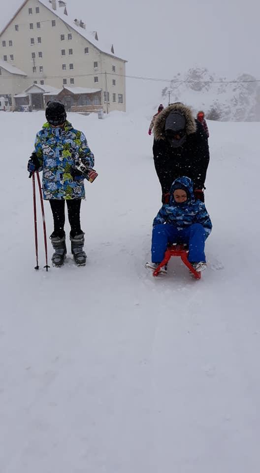 Kop Kayak Merkezinde Kar Ve Kayak Keyfi