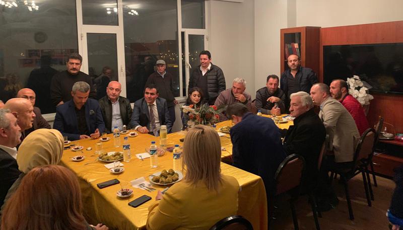 Pekmezci Trabzonda  Bayburt Derneklerine Ziyaretlerde  Bulundu