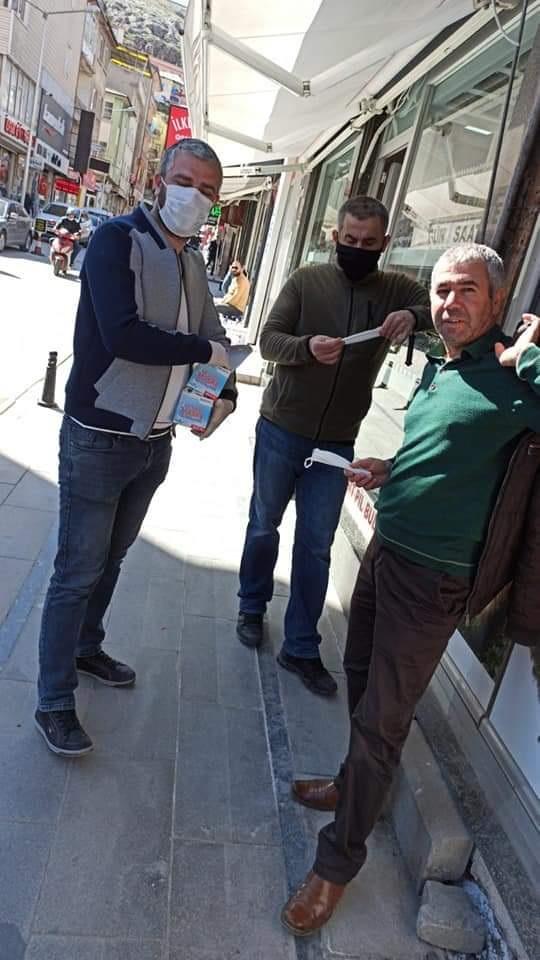 Gelecek Partisi 3000 Adet Maske Dağıttı