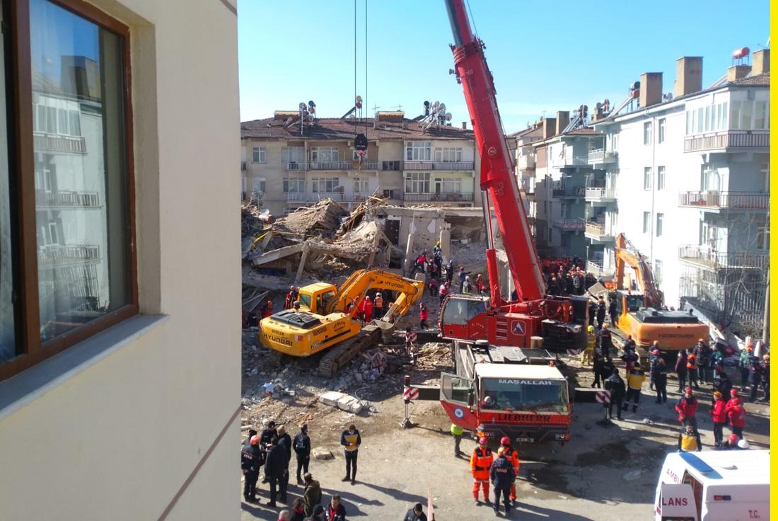 Başkan Derviş Recep Var Depremde Yaraları Sarmaya Hazırız