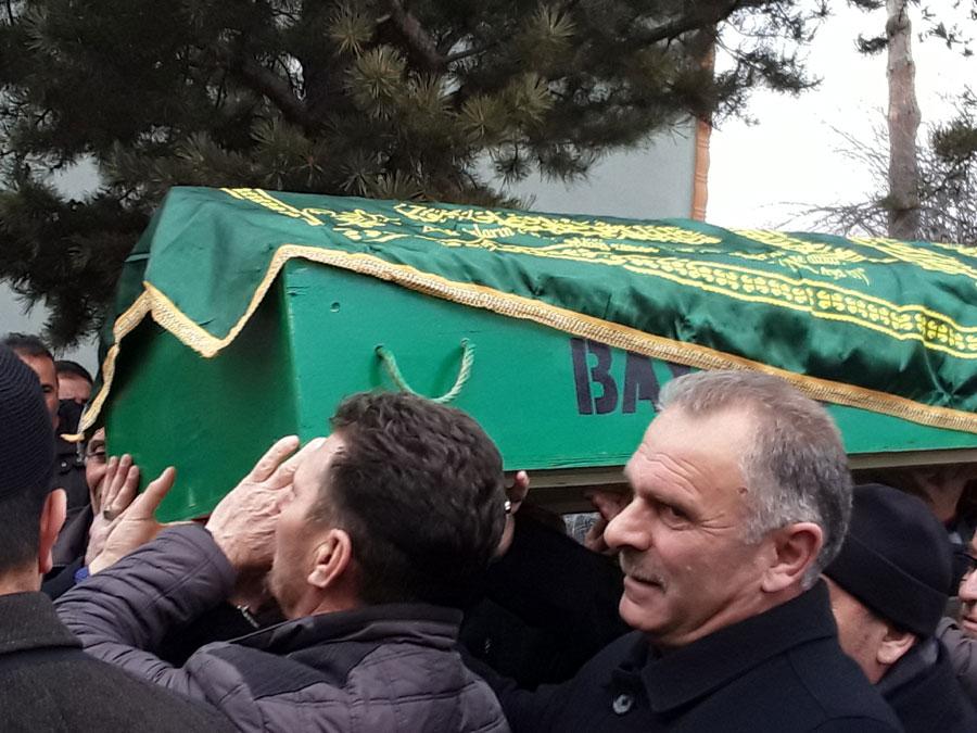 Bayburtun Duayen Gazetecisi Sanduk Vefat Etti