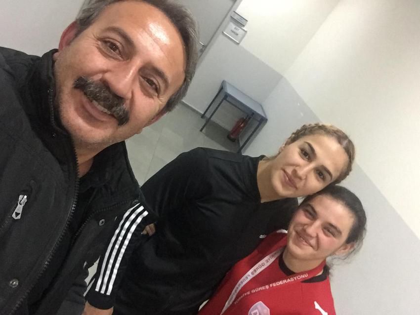 İlknur Akkuş Güreşte Türkiye 3. sü Oldu