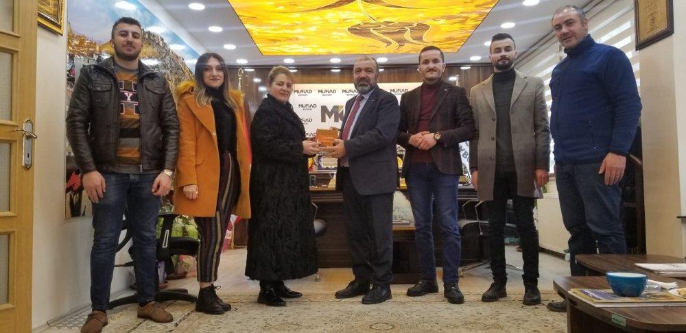 Kızılay Bayburt Şubesi Başkanlığından Müsiad Bayburt Başkanı Erdal Şentürk'e Teşekkür Ziyareti