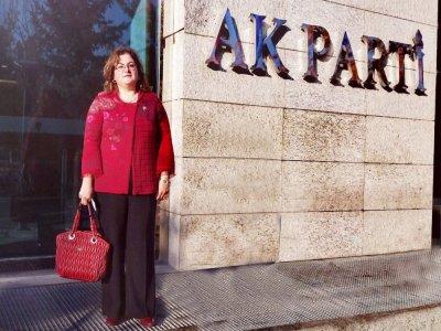 AK Parti Kadın Kollarında Kan Değişimi