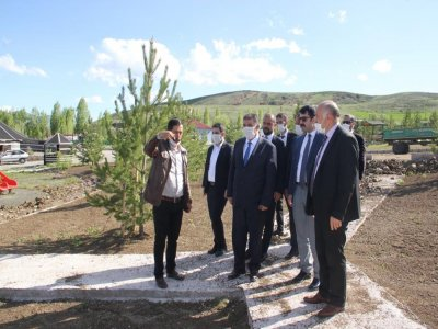 Bayburt Milletvekili Fetani Battal Demirözü'nü Ziyaret Etti