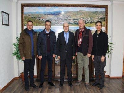 Dedeman Otelleri Genel Müdüründen Başkan Pekmezci'ye Ziyaret
