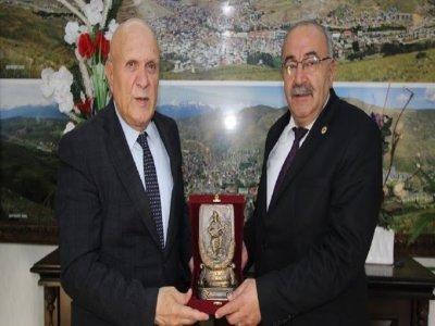 Sarıkamış Belediye Başkanı Harun Hayali'den Baba Ocağı ziyaret